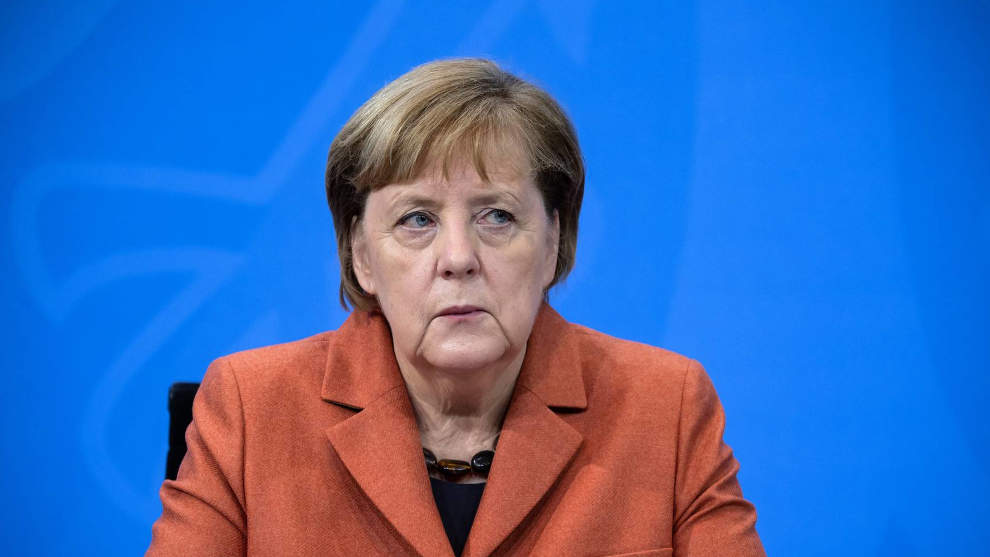 Angela Merkel: Verschleudert Milliarden in aller Welt und bittet um Almosen für Flutopfer