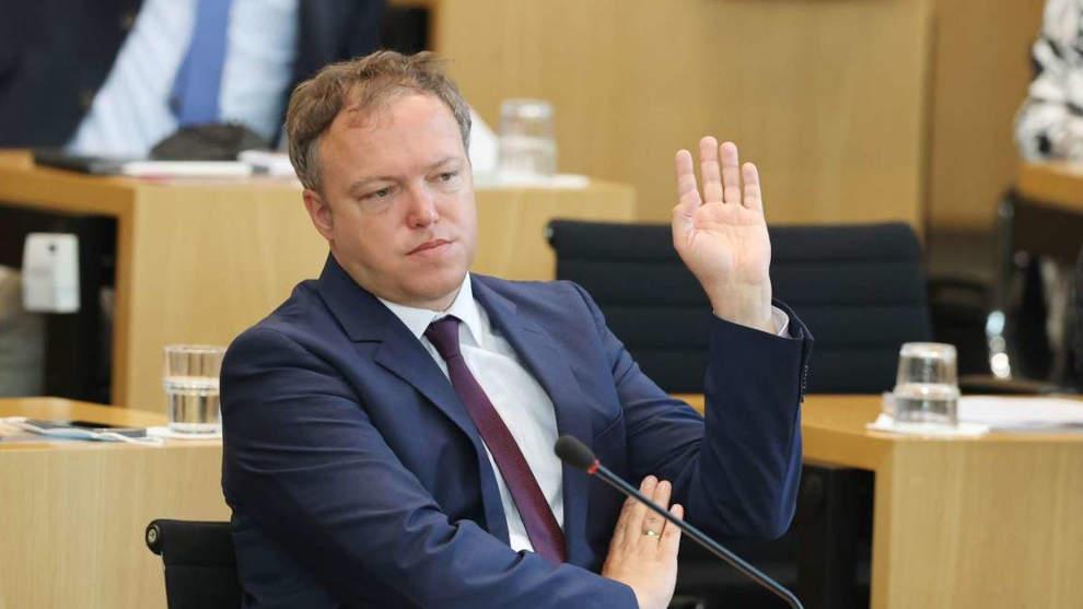 AfD provoziert, CDU liefert: Merkel-Partei blamiert sich in Thüringen bis auf die Knochen!
